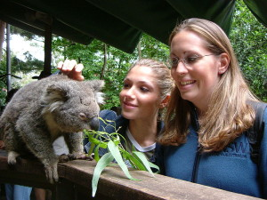 800px-Two_Girls_and_Koala
